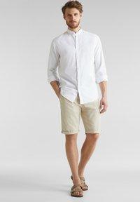 Esprit - MIT STEHKRAGEN - Shirt - white - 1