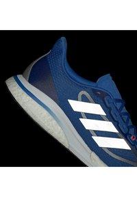adidas Performance - SUPERNOVA + BOOST BOUNCE PRIMEGREEN RUNNING REGULAR SHOES - Neutral running shoes - blue - 5