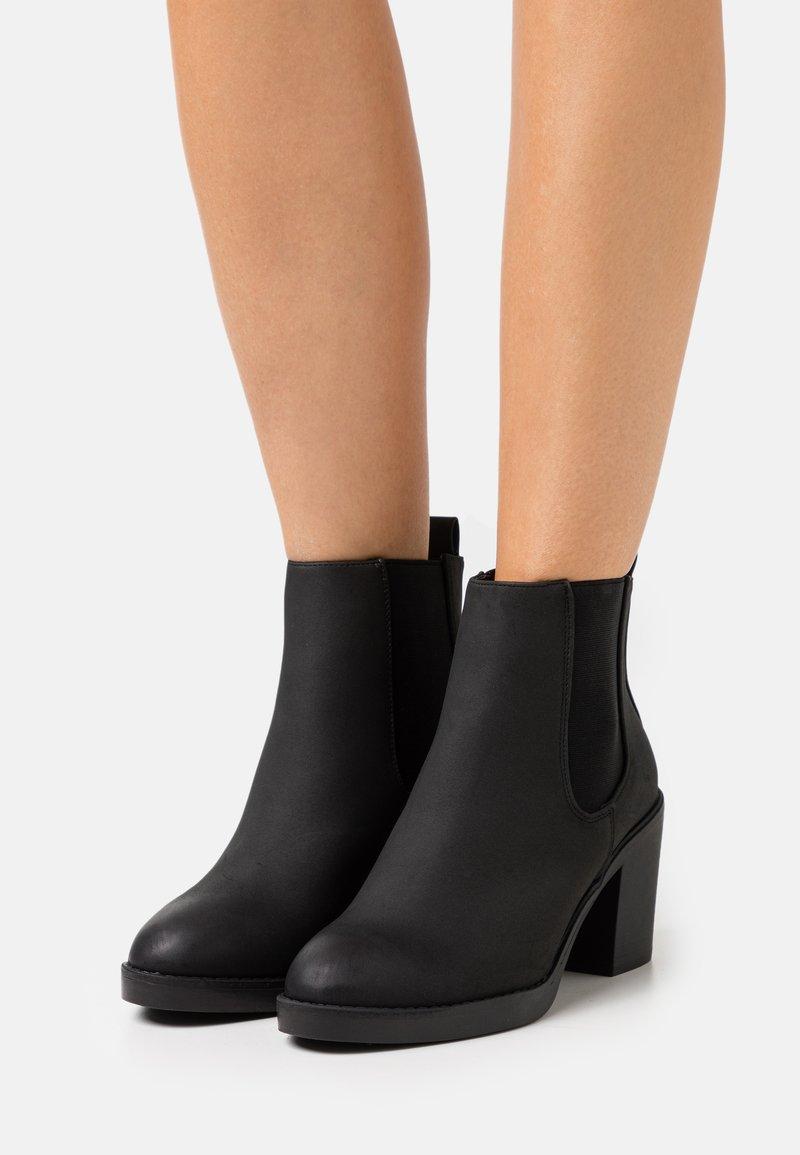 New Look Wide Fit - WIDE FIT DUSTIN  CHELSEA - Kotníková obuv - black