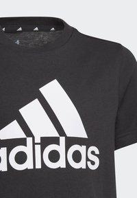 adidas Performance - UNISEX - Printtipaita - black/white - 2