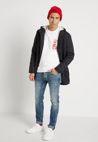 Only & Sons - ONSLOOM  LIFE CARD - Slim fit jeans - blue denim - 1
