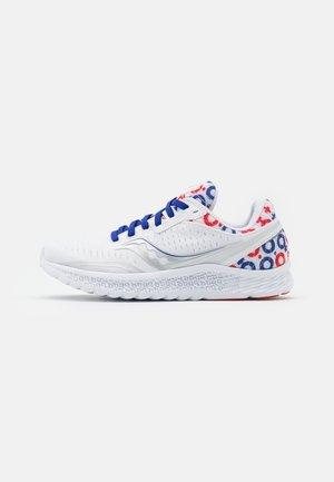 KINVARA - Sportschoenen - white