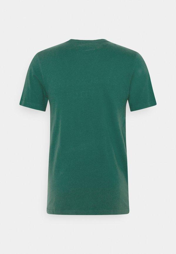 Abercrombie & Fitch CROSS CHEST TECH - T-shirt z nadrukiem - dark green/oliwkowy Odzież Męska OTRC