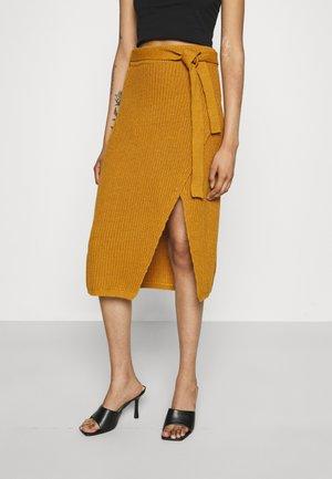 TIE WAIST SPLIT SKIRT - Pencil skirt - tan