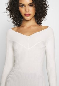 Even&Odd - BARDOT NECKLINE - Sweter - white - 5