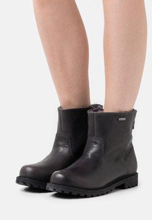 HARTLEY - Zimní obuv - black