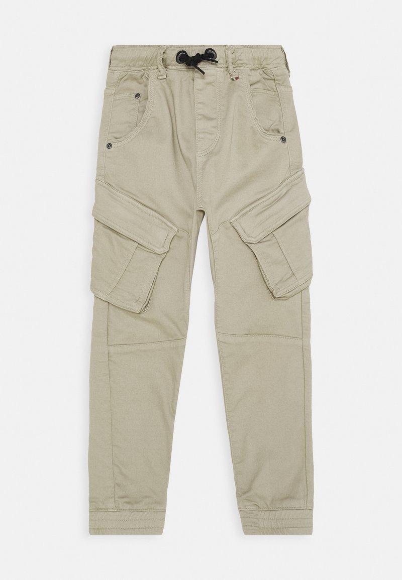 Vingino - CALANDO - Cargo trousers - sand