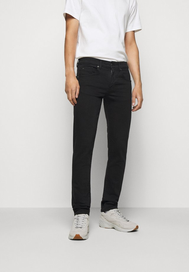 JAY SOLID STRETCH - Jean slim - black