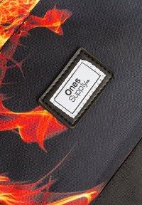 Ones Supply Co. - DRAGON BREATH - Reppu - black - 4