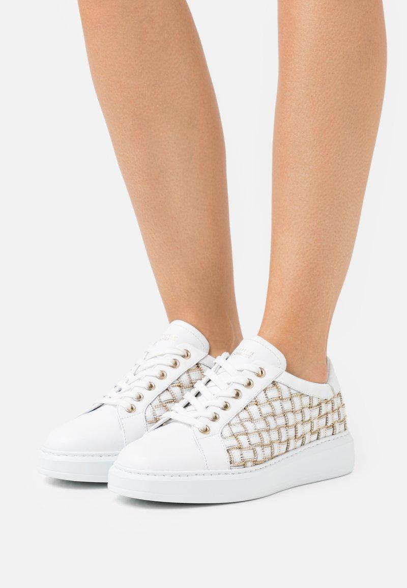 Steffen Schraut - CROSS ZIP STREET - Sneakers laag - white
