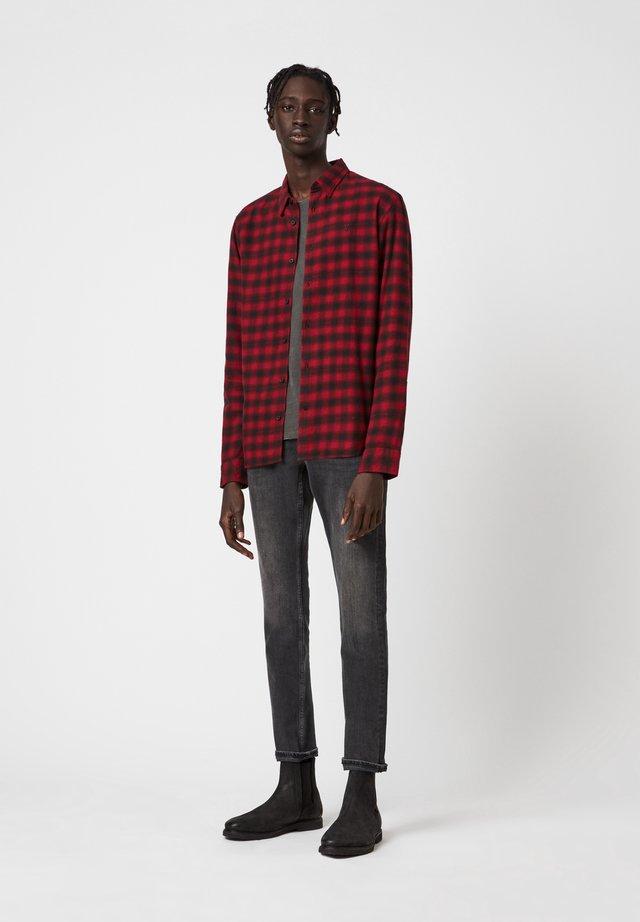 CHETCO  - Skjorter - red