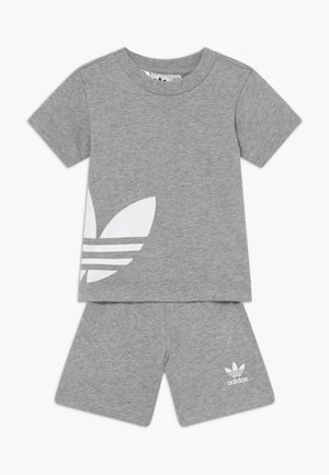BIG TREFOIL SET - Shorts - grey/white