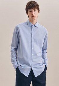 Seidensticker - BUSINESS REGULAR - Shirt - blau - 0