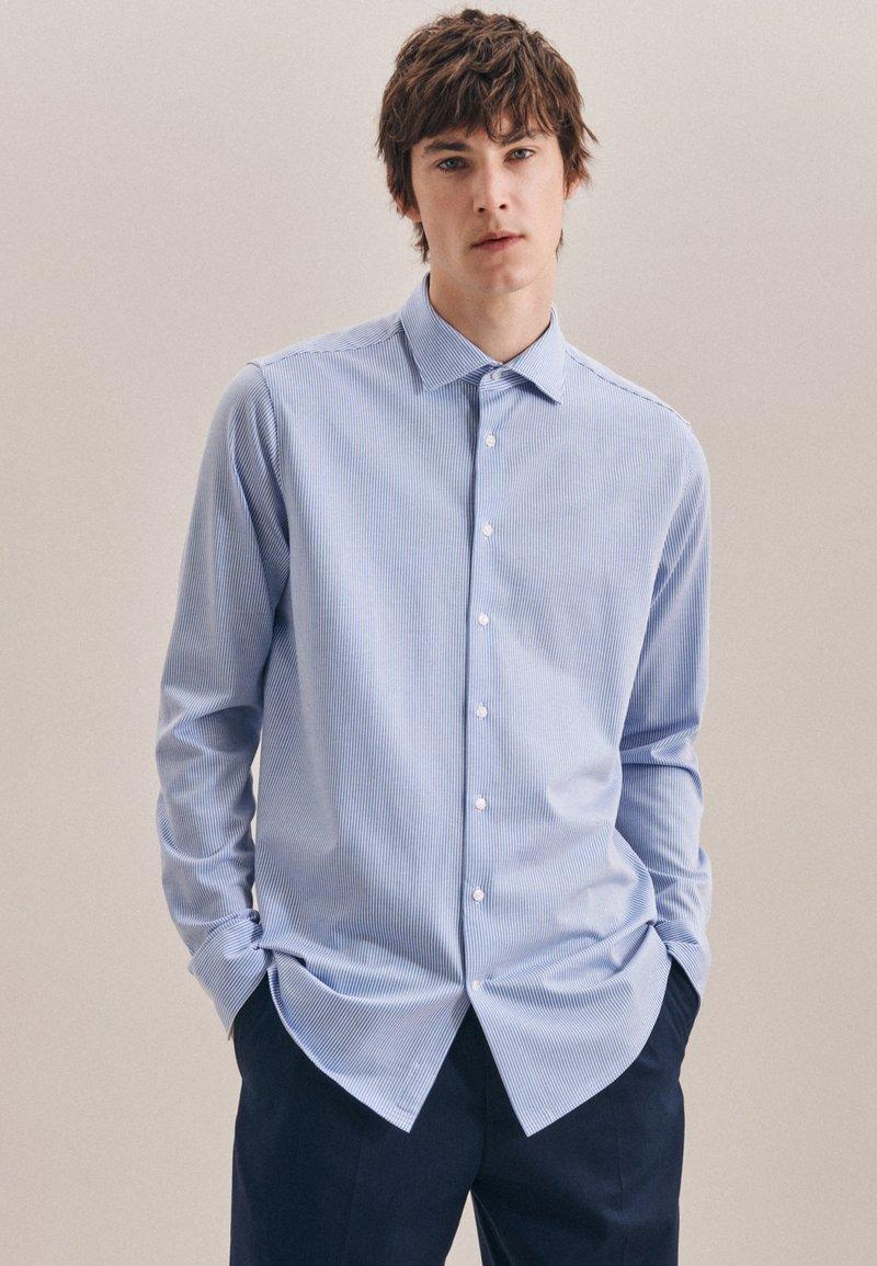 Seidensticker - BUSINESS REGULAR - Shirt - blau