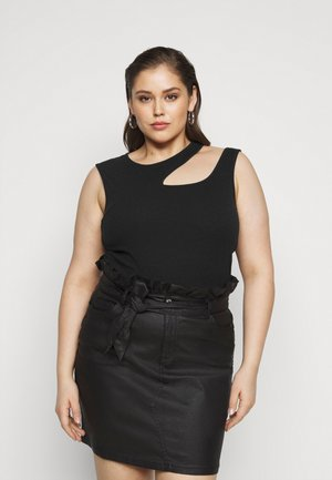 VMMARION  CUT OUT TOP - Top - black