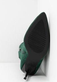 BEBO - MAUREEN - Bottes à talons hauts - green - 6