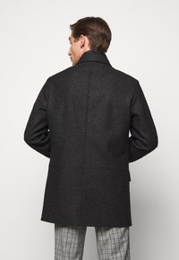 HUGO - BARELTO - Klasický kabát - black - 2