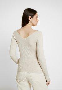 Even&Odd - BARDOT NECKLINE - Stickad tröja - beige melange - 2