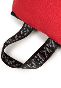 Eastpak - BOLD - Rucksack - red - 4