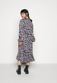 Vero Moda Petite - VMCHARLOTTE SMOCK DRESS - Day dress - black - 3