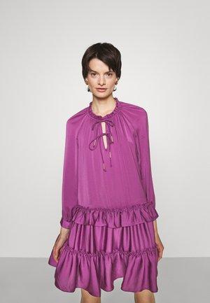 TESSA DRESS - Robe d'été - beet