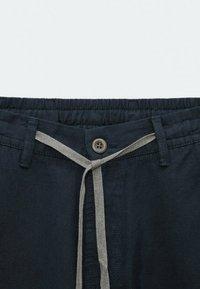 Massimo Dutti - IM VINTAGELOOK  - Trousers - dark blue - 1