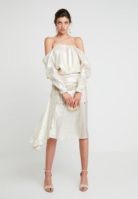 Alice McCall - CHAMPERS GOWN - Juhlamekko - gold - 1