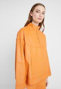 CLOSED - THEKLA - Leather jacket - mango - 5