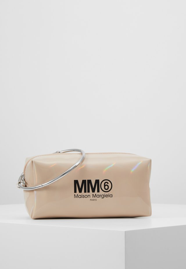 BORSA POCHETTE - Wash bag - camel
