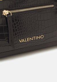 Valentino Bags - ALLYSON - Kabelka - nero - 3