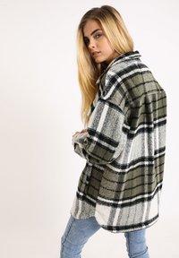 Pimkie - Krátký kabát - khaki - 2