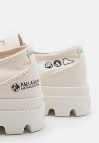 Palladium - PAMPA OX ORGANIC II UNISEX - Trainers - star white - 5