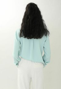 Pimkie - Button-down blouse - himmelblau