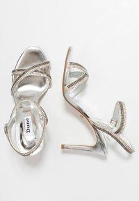 Dune London WIDE FIT - WIDE FIT MAGDALENA - Højhælede sandaletter / Højhælede sandaler - silver - 3