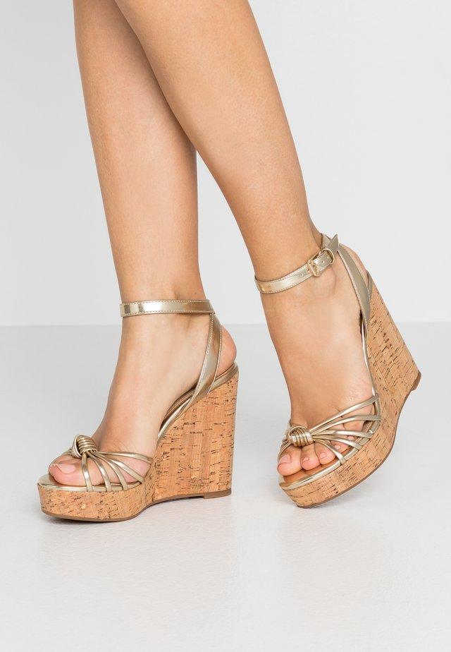 KAOEDIA - Sandály na vysokém podpatku - gold