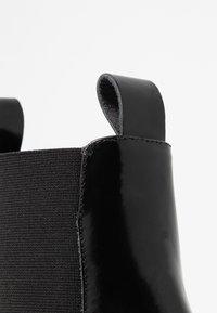 E8 BY MIISTA - CELINA - Botines - black florentique - 2
