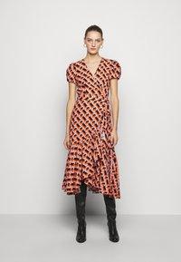 Diane von Furstenberg - VIENNA - Vapaa-ajan mekko - orange - 0