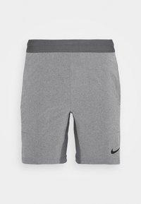 SHORT YOGA - Pantalón corto de deporte - iron grey/grey fog/black