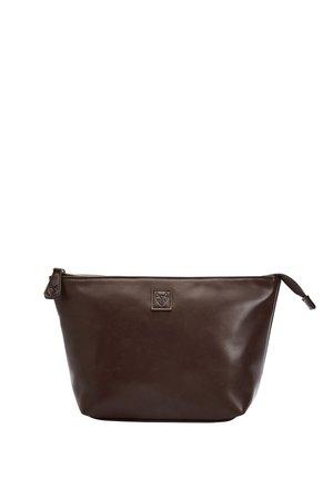 Wash bag - brown