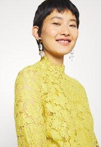 IVY & OAK - DRESS - Cocktail dress / Party dress - mustard yellow - 3