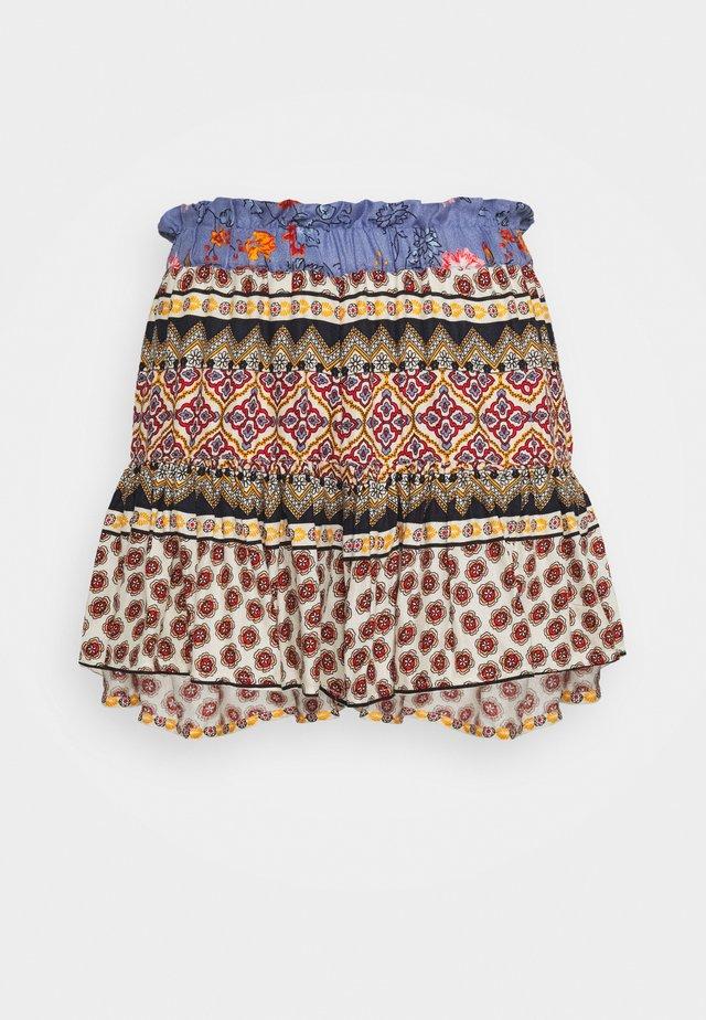 YASEDINA - Shorts - multi coloured
