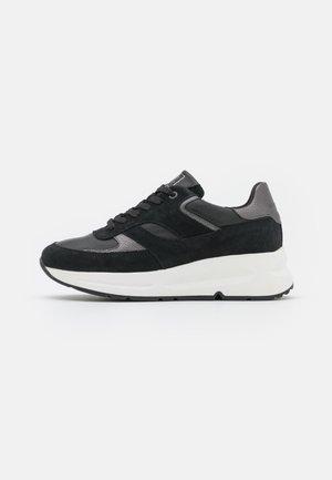 MASSIMA  - Zapatillas - black