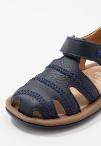Camper - BICHO - Dětské boty - navy - 5