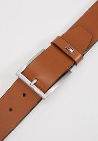 Tommy Hilfiger - HAMPTON - Cintura - brown - 4