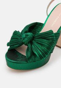 Loeffler Randall - NATALIA - Sandály na vysokém podpatku - emerald - 6