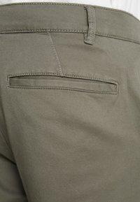 Topman - TAPER - Pantaloni - khaki - 5