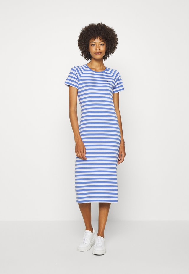 BONITA SLIM DRESS - Jersey dress - ombre/iris blue