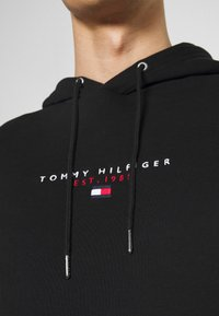 Tommy Hilfiger - ESSENTIAL HOODY - Hoodie - black - 3