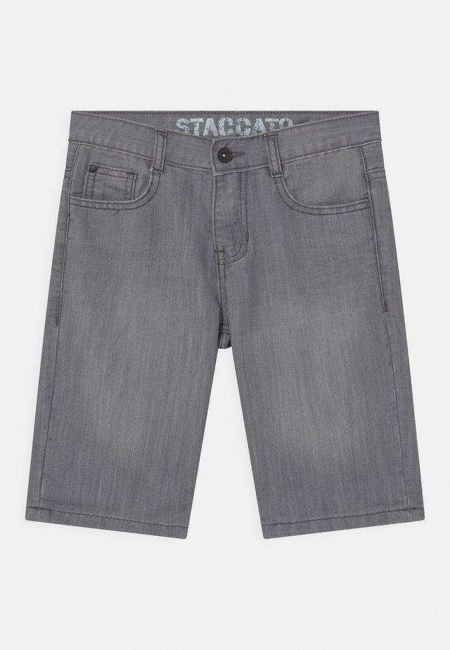 BERMUDAS - Denim shorts - light grey denim