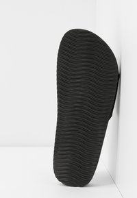 flip*flop - POOL  - Mules - black - 6